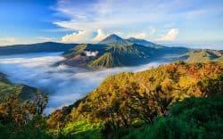 Beeindruckender Vulkan in Indonesien