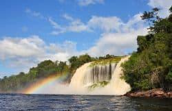 Wunderschöner Wasserfall in Venezuela