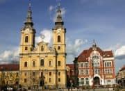 Schule und Kirche in Miskolc