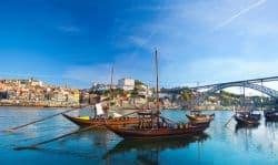 Alter Hafen in Portugal