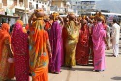 Indische Frauen im Sari